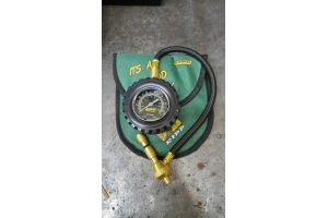 RIPP Superchargers Tire Deflator  (Part Number: )