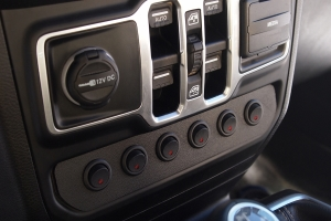 S-TECH Heritage Edition 6-Switch Panel - JT/JL Non-Rubicon