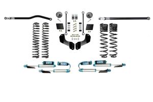 Evo Manufacturing 2.5in Enforcer Overland Stage 1 PLUS Lift Kit w/ Comp Adjuster Shocks - JT