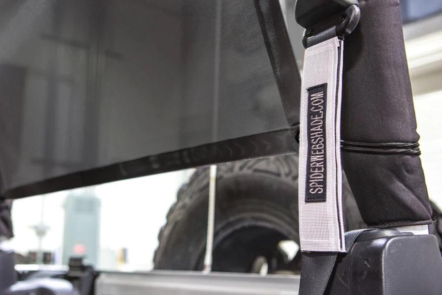 SpiderWebShade Seatbelt Silencers - White - JK 2Dr