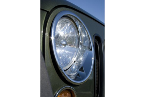 Rugged Ridge Chrome Headlight Bezel Set (Part Number: )