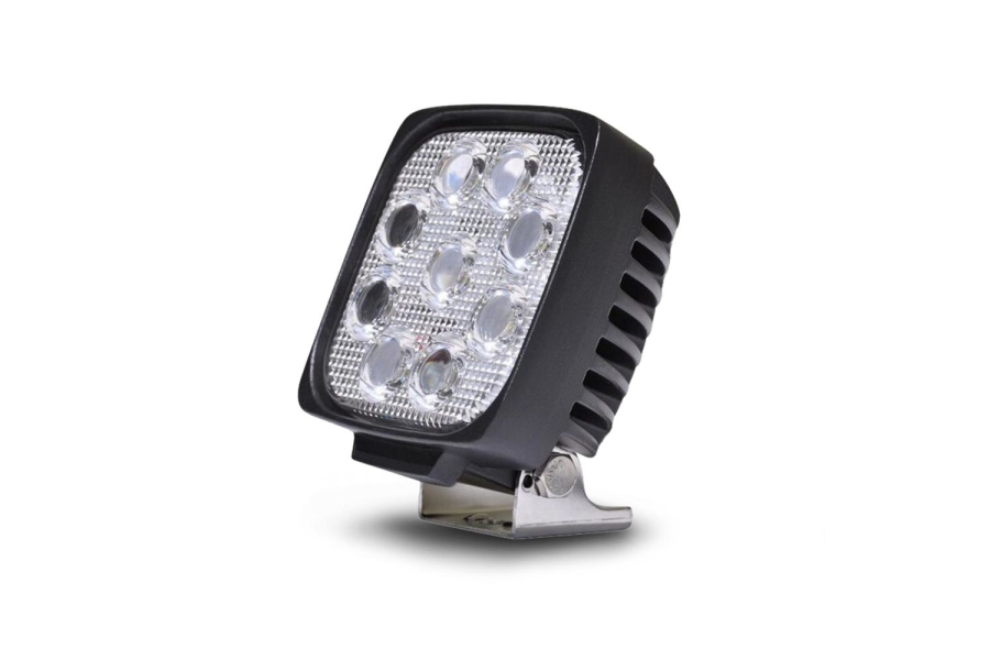 DV8 Offroad Square 5in LED Flood Light (Part Number:S4.3E27W3W)