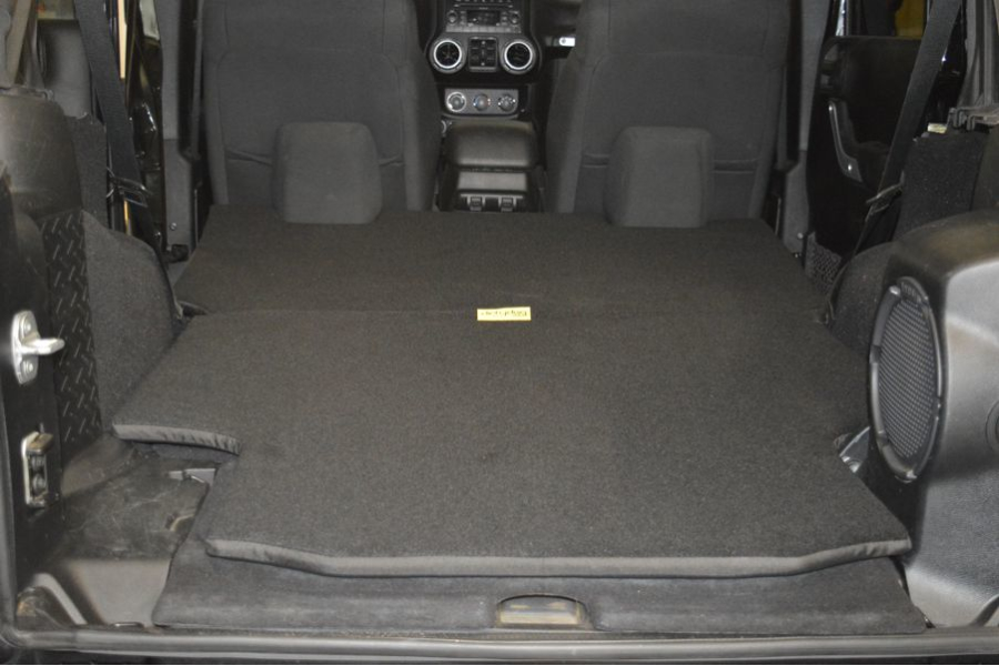 Dirty Dog 4x4 Pet/Crash Pad (Part Number:J2PP07RCBK)