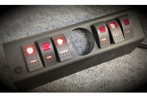 SPOD 6 SWITCH 2-1/16IN EMPTY GAUGE HOLE DUAL LIT LED SWITCHES RED (Part Number: )
