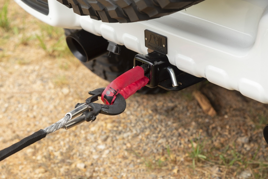 Rugged Ridge Continuous Soft Shackle and Hitch Eyelet Kit