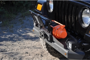 Cascadia 4x4 Flipster Lite License Plate and Light Mount