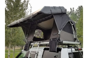 Freespirit Recreation Adventure Series Automatic Hard-Top 49in Roof Top Tent  (Part Number: )